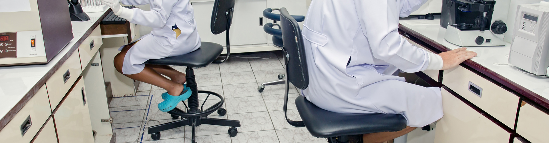 Laboratory Chairs & Stools